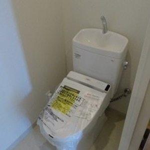 ナビウス目黒(8階,5990万円)のトイレ