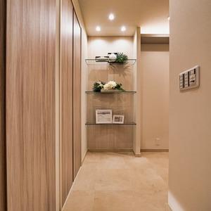 ニューハイツ新神楽坂(2階,6480万円)のお部屋の玄関
