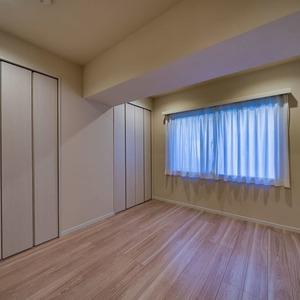 ニューハイツ新神楽坂(2階,6480万円)の洋室(2)
