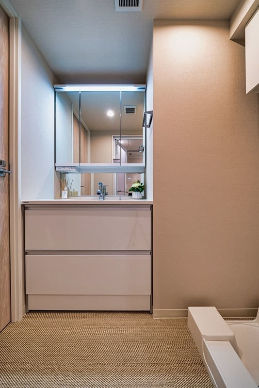 グランエクレール参宮橋4980万円の化粧室・脱衣所・洗面室1枚目