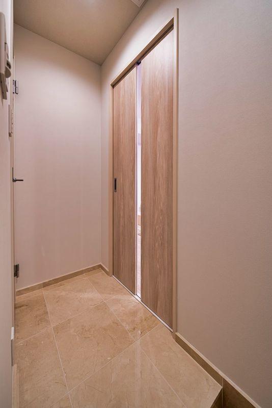 グランエクレール参宮橋4980万円のお部屋の玄関1枚目