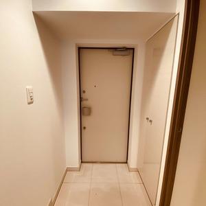 ミルーナヒルズアイル両国(4階,)のお部屋の玄関