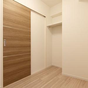 プチモンド上野(2階,2499万円)の洋室