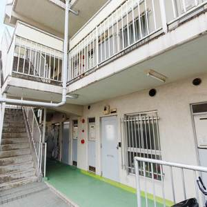 ビッグ武蔵野池袋のマンションの入口・エントランス