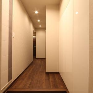 サンビューハイツ四番町(2階,)のお部屋の玄関