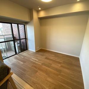 サンメゾン中野(3階,4590万円)の洋室(2)