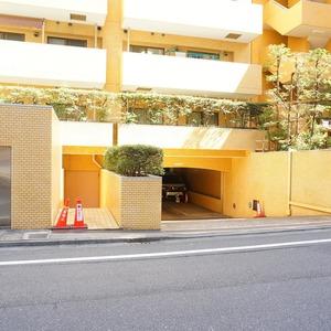 ライオンズマンション箱崎町の外観