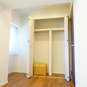 ライオンズマンション箱崎町(4階,5680万円)の洋室(2)