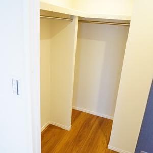 ライオンズマンション箱崎町(4階,5680万円)の洋室