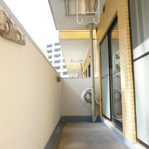 ライオンズマンション箱崎町(4階,5680万円)のバルコニー