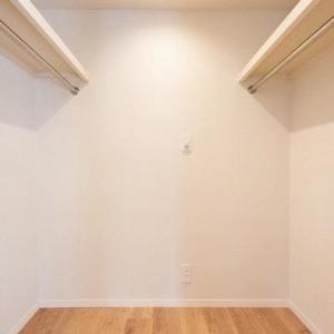 代々木パークガーデン(2階,)のウォークインクローゼット