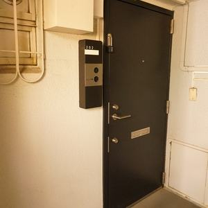NK渋谷コータース(2階,)のフロア廊下(エレベーター降りてからお部屋まで)