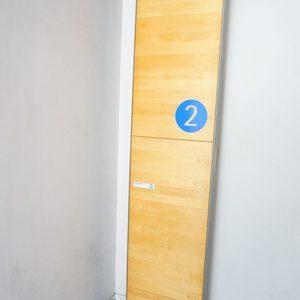 NK渋谷コータースのエレベーターホール、エレベーター内