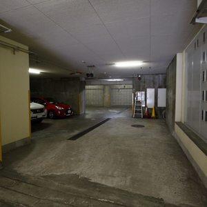恵比寿ガーデンの駐車場