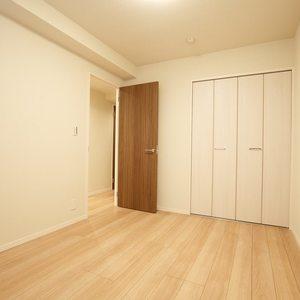 ガーデンホーム落合ヒルズ(1階,6199万円)の洋室