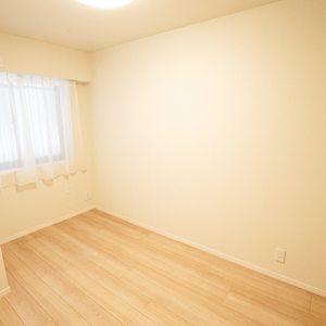 ガーデンホーム落合ヒルズ(1階,6199万円)の洋室(2)
