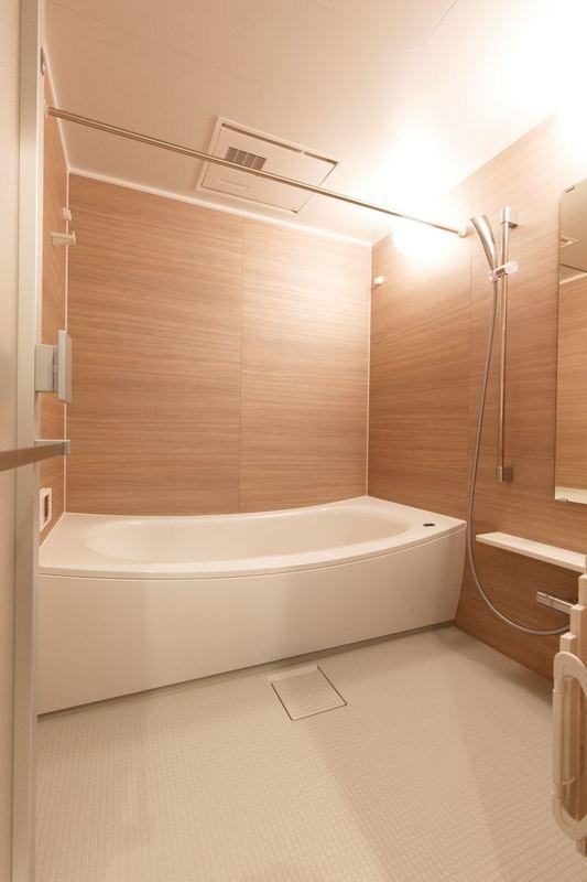目白が丘マンション4980万円の浴室・お風呂1枚目