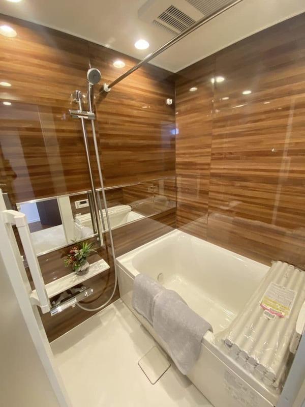 クレストフォルム代々木上原の浴室・お風呂1枚目