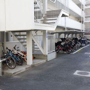 二子玉川ロイヤルマンションの駐輪場