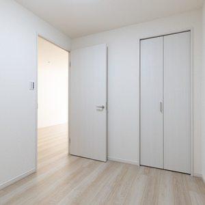二子玉川ロイヤルマンション(1階,4580万円)の洋室(3)