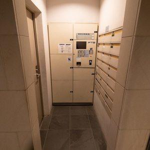 上野毛南パークホームズのマンションの入口・エントランス