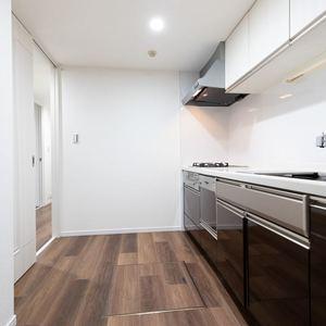 上野毛南パークホームズ(1階,4990万円)のキッチン
