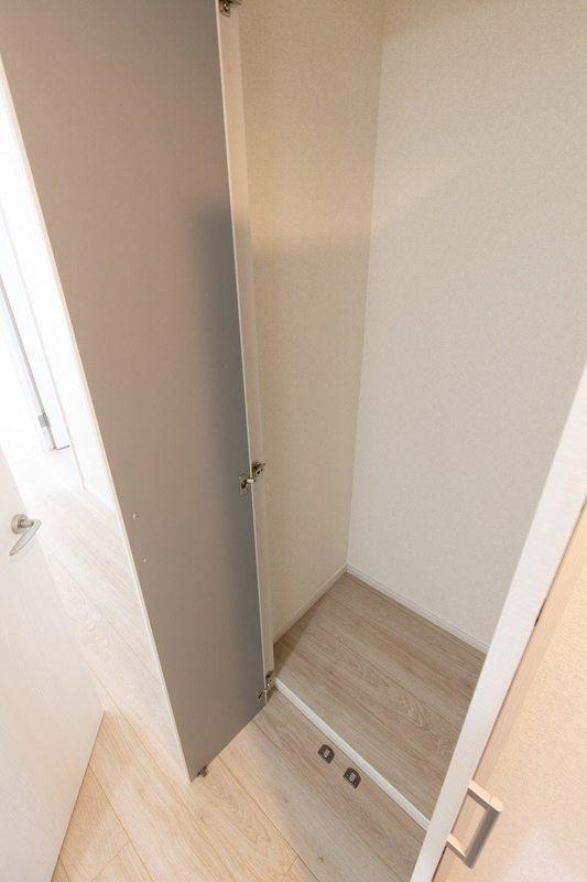 二子玉川ロイヤルマンション4580万円のお部屋の廊下1枚目