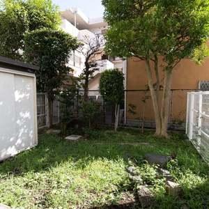 二子玉川ロイヤルマンション(1階,4580万円)の専用庭