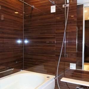 パークホームズ自由が丘(5階,1億4990万円)の浴室・お風呂