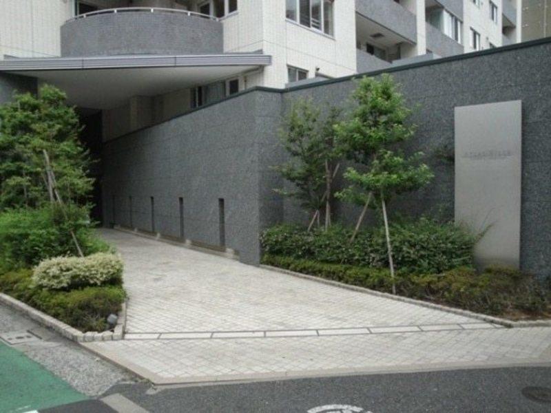 アトラスヒルズ文京白山のマンションの入口・エントランス1枚目