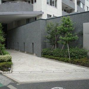 アトラスヒルズ文京白山のマンションの入口・エントランス