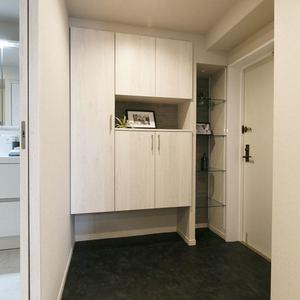 朝日マンション新中野(6階,7980万円)のお部屋の玄関