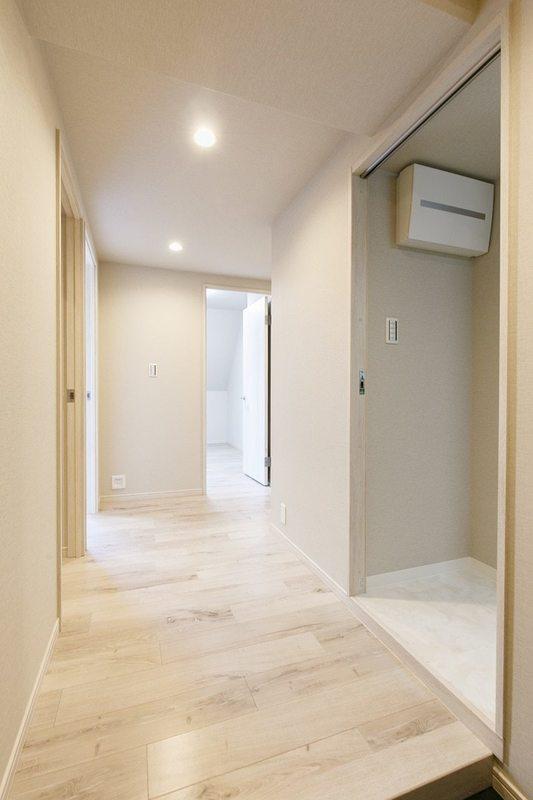 朝日マンション新中野7980万円のお部屋の廊下1枚目