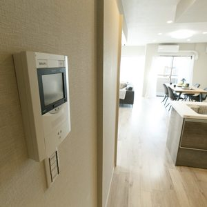 朝日マンション新中野(6階,7980万円)の居間(リビング・ダイニング・キッチン)