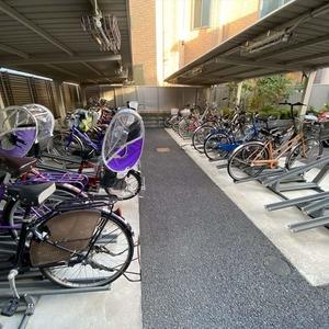 ランドステージ墨田ブライトスクエアの駐輪場