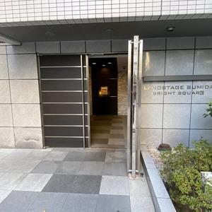 ランドステージ墨田ブライトスクエアのマンションの入口・エントランス